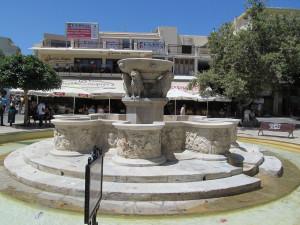 Creta giugno 2012 - Piazza Morosini a Hiraklion